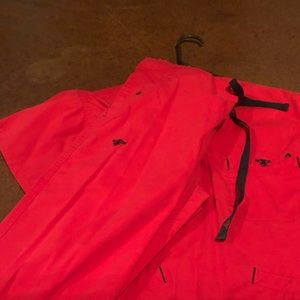 Scrub set, ink stain, otherwise Good condition.